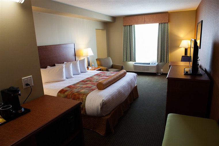 Business Suite 1 King Bed Non Smoking Best Western