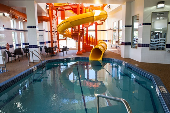 Best western plus service inn suites waterslide guests outstanding accommodations in spacious rooms with modern amenities including a full hot complimentary breakfast two story waterslide pool with freerunsca Choice Image